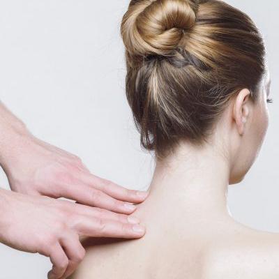 Chiropractica la 125 de ani. Dureri cronice din copilărie